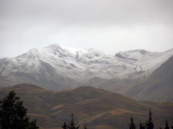 El pirineo ya tiene nieve. Foto: Segi Amezcua